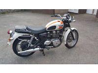 Triumph Bonneville T100, Orange, 2005