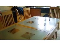 modern table (glass) extendable with 6 chairs and side unit