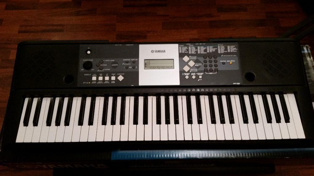 Yamaha ypt 230 electric keyboard as new 60 in maesteg for Yamaha dgx 230 manual