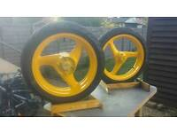 Automotive spray painting /Alloy wheels / bumper /mouldings /fitings. ....