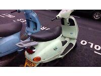 Piaggo Vespa ET2 50cc -Pistacchio Colour