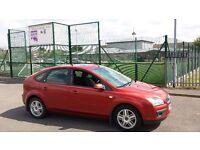 Ford FOCUS 1.6 ghia 62k fsh full mot e/w c/l p/s met red vgc