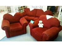 Gorgeous Material sofa - £120 FREE Delivery!