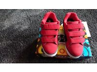Childrens genuine Uk Heelys size 1