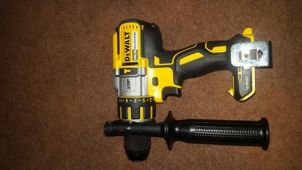 Dewault combination drill XRP 18v brushless (BODY)