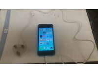 iphone 5c on o2 - giffgaff blue poss unlocked not sure few light marks but good fone may take px