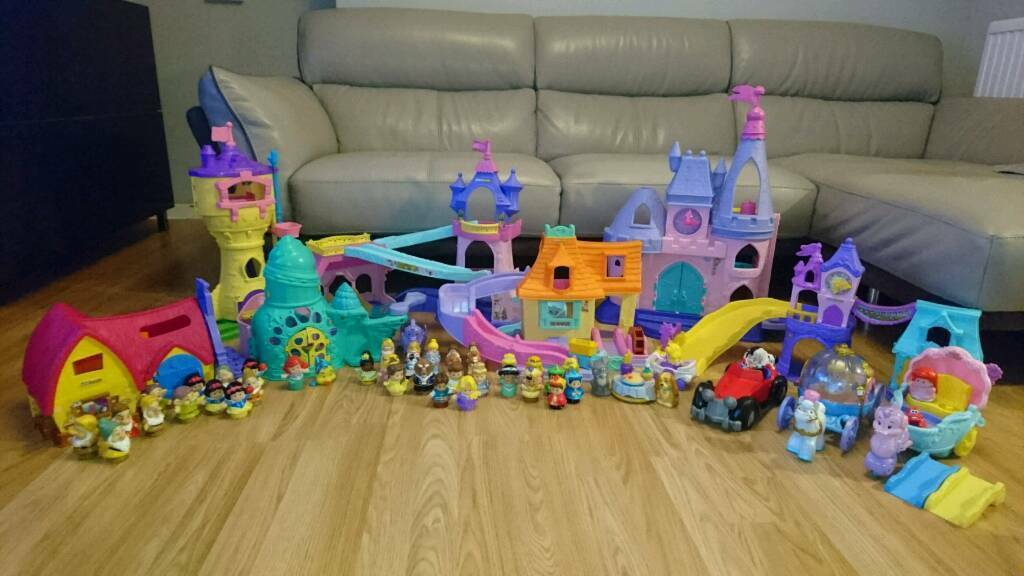 Huge Disney Princess Fisher price Little People Collection bundle lady and the trampCruelladevilin Rotherham, South YorkshireGumtree - I have for sale a huge collection of Disney Fisher Price little people. Lots of different play sets, some rare and cannot be bought in UK shops.Cinderella palaceBelles klip klop cottageKlip klop stablesRapunzel towerRapunzel townSnow white cottage...