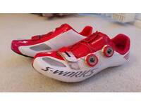 S works road shoes