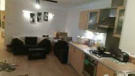 Two double rooms in Kingston