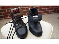 Timberland Pro-Series black safety boots