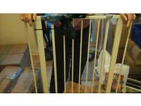 Stair Gate (Lindam) as New