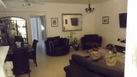 VERY SPACIOUS 2 BED APPARTMENT IN POLIS , CYPRUS WITH FULL TITLE DEEDS
