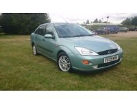 **EXCELLENT FOCUS WITH FULL SERVICE (10 FORD) AND LONG MOT**