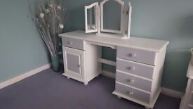 Beautiful white and silver grey large dressing table with plenty storage. Solid and well made.
