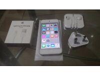 iPod 5th Generation 32Gb Silver, £80 o.n.o