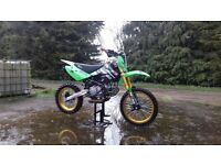 160 M2R Pit Bike
