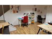 Desk rental in Bright West End Office of Freelancers full or part-time available!