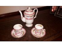 Coffe pot, 2 coffe cups and saucers, Crown, Bone china (no chips)