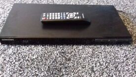 SAMSUNG BLU-RAY PLAYER FULL HD 1080P EXCELLENT CONDITION BARGAIN AT £25