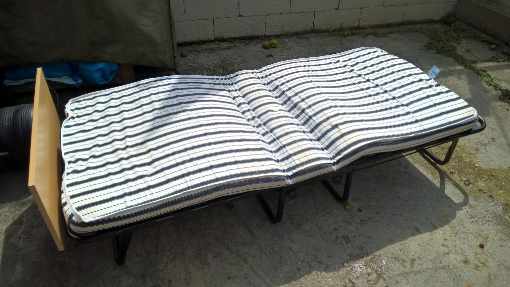 Gumtree Electric Adjustable Beds : Folding guest bed in lymington hampshire gumtree
