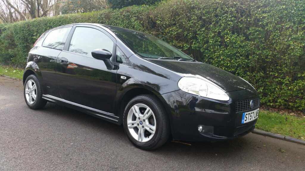 fiat grande punto 1 4 16v active sport 3dr black 2007 in sutton london gumtree. Black Bedroom Furniture Sets. Home Design Ideas