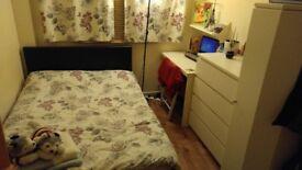 Short term double bedroom