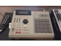 AKAI MPC 2000 XL (Compact Flash Reader Upgrade)
