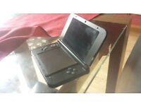 NINTENDO 3DS XL RED AND CHARGER