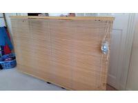 Lovely wooden venetian blinds (1.9m wide)
