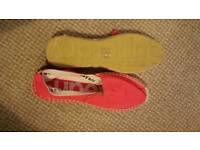 Superdry canvas shoes size 6