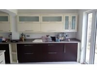 Modern kitchen units in good condition for sale