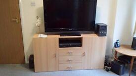 cupboard / TV stand