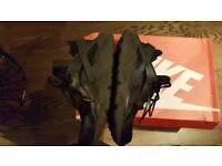 Nike air black huarache