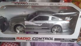 RC MINI COOPER & FORD & MINI BLOOTOOTH &FORD CARS Radio Controlled