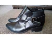 Boohoo women's boots size uk6