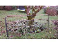 Metal gate for garden or field