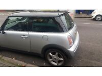 Mini cooper 2004 auto runs very well kept clean only £2200