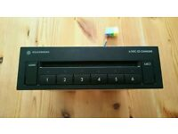 VOLKSWAGEN Sony 6 disc cd player