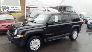 2011 Jeep Patriot Limited,4x4,70e anniversaire,2 set de roues co