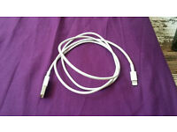Apple USB cable for ipad
