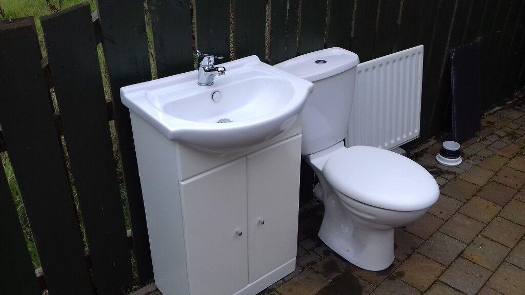 Radiator Voor Toilet : Vanity unit toilet and radiator for sale like new in