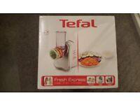 Tefal Fresh Express Electric Food Slicer & Grater - never used!