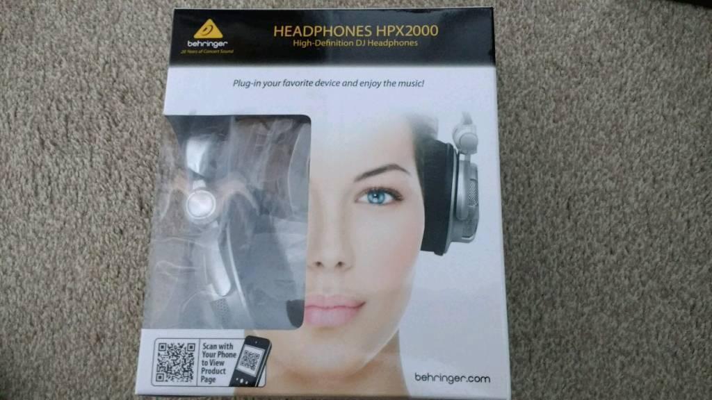 Behringer Hpx 2000 High Definition Dj Headphones with free UK delivery