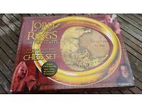 Lord of the Rings chess set - Antique Ivory and Chinese Lacquer finish