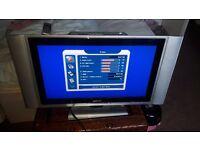 """28"""" LCD TV"""