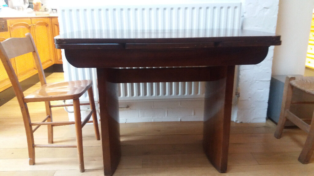Lovely Old Art Deco Compact, Extending Dining Table