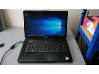 Dell Inspiron 1545 laptop / 15.6 inch screen / Pink lid