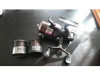 Map carptek fd40 baitrunner reel. 3 spools.