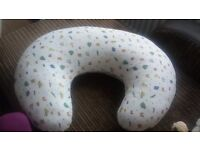 Nursing pillow in excellent condition, removable & washable 100% cotton cover