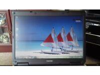 Toshiba Satellite L40 laptop, Intel 1.6GHz processor, 2GB Of Ram, 120GB HD